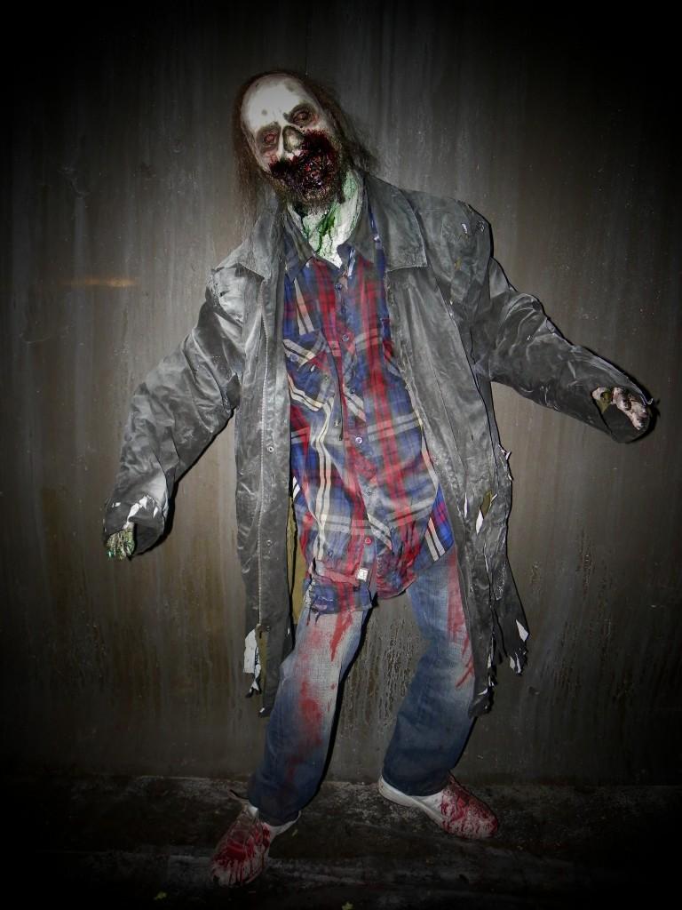 Premium Life Size Zombie Horde Zombie Grimy Greg