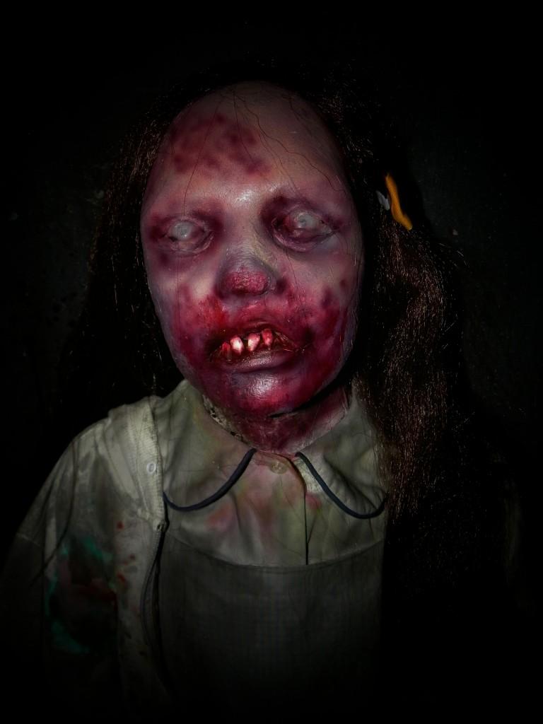 New 2013 Daddys Little Dead Girl Zombie Horde Prop