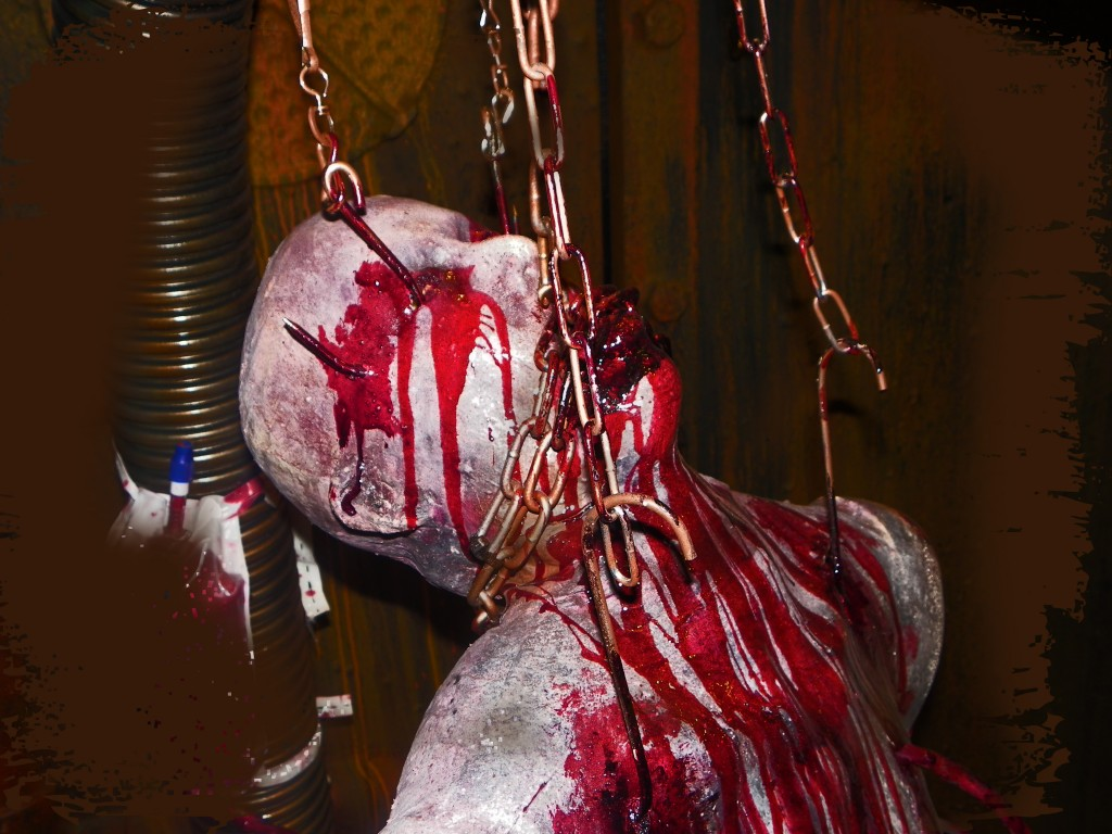 CHAINED AND DRAINED PROP