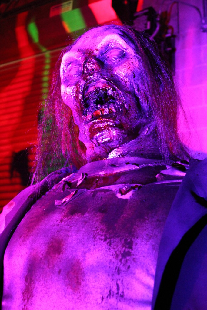9 foot Monstrous Zombie Prop