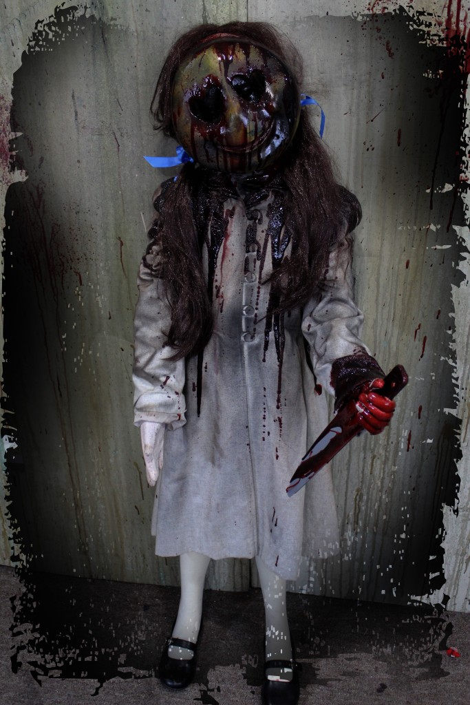 2016 53″ EMOJI KILLER GIRL
