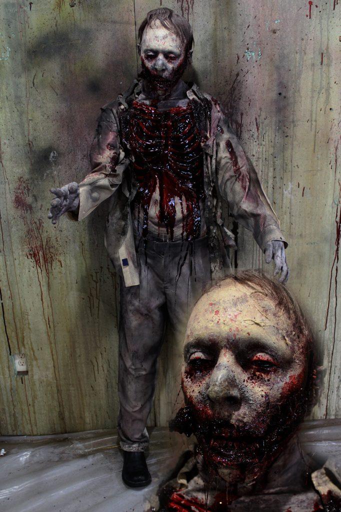 New 2017 Zombie Walker Halloween Prop Rotten Roamer