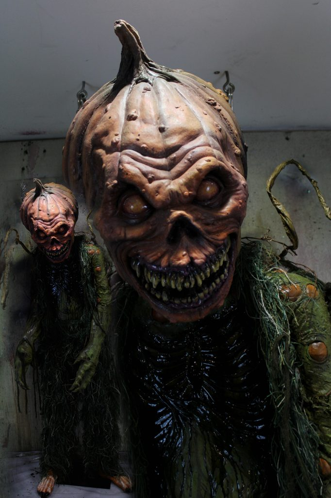 New 7ft Gaint Scary Pumpkin Patch Creature Halloween prop Patch Attack