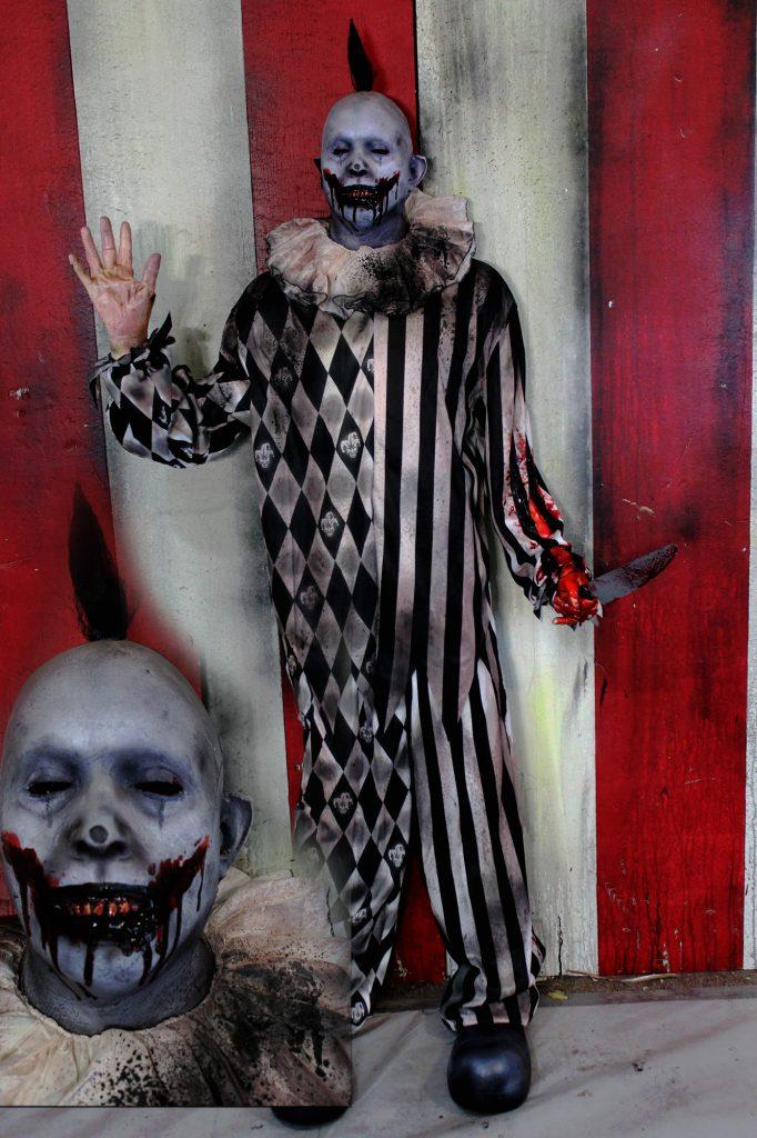New 2017 Scary Clown Halloween Prop Pin Head Clown