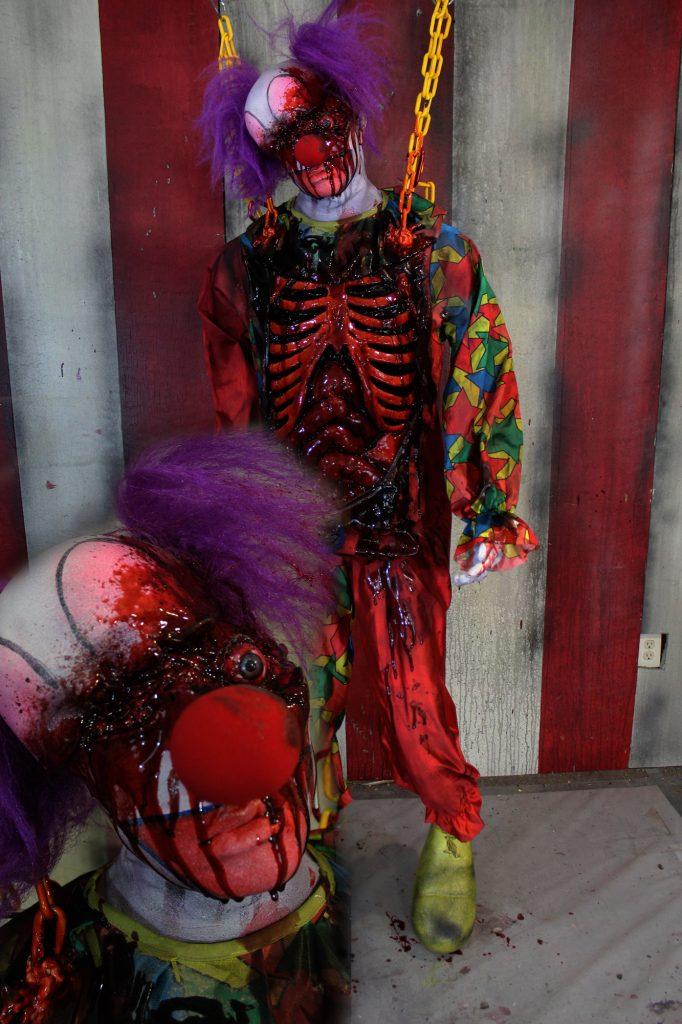 New 2017 Dead body Clown Halloween prop Carver Clown
