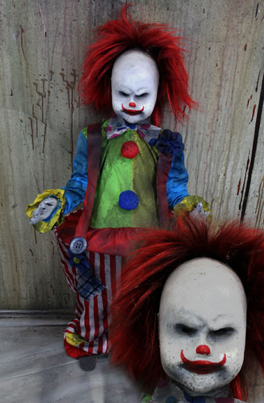 New 2018 Halloween haunted house prop creepy clown doll Angry clown
