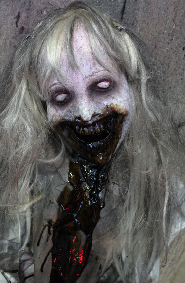 New 2018 Halloween Haunted house Prop Possessed Girl prop