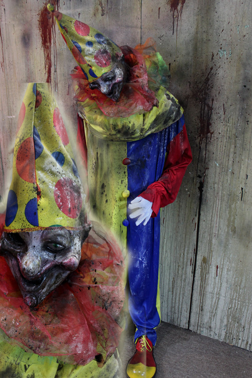 New 2019 Halloween Haunted house prop Toy clown