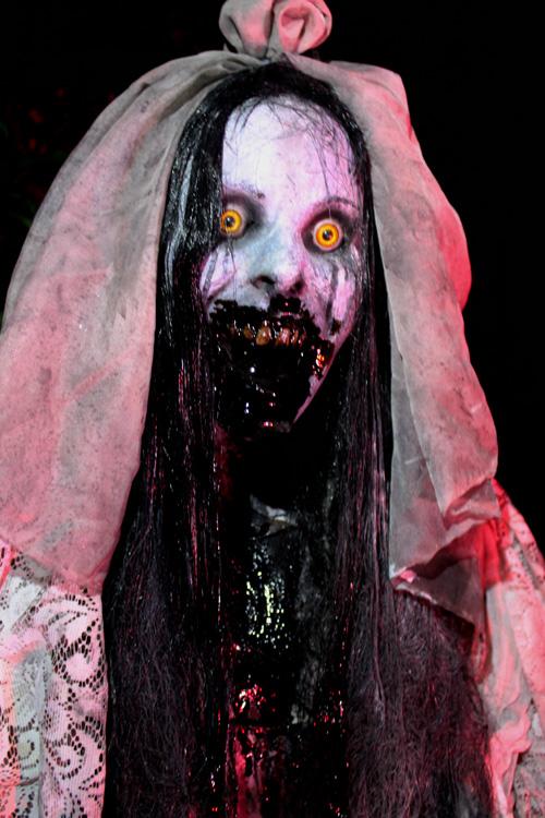 The Curse Bride Ghost Halloween prop 2019