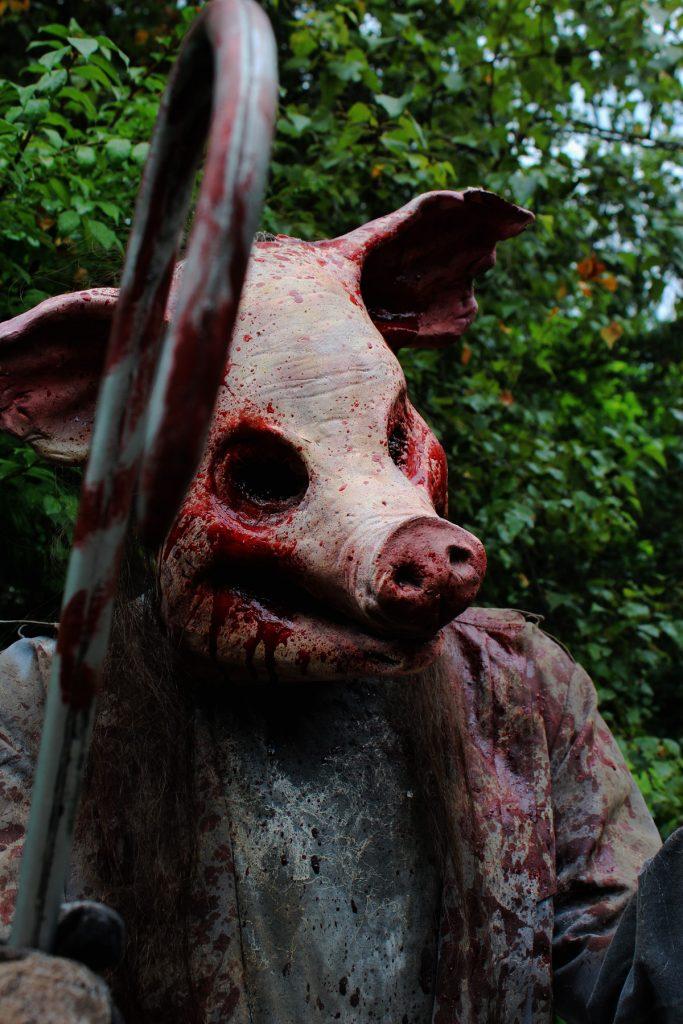 Halloween Prop Hog Wild Mid range Killer