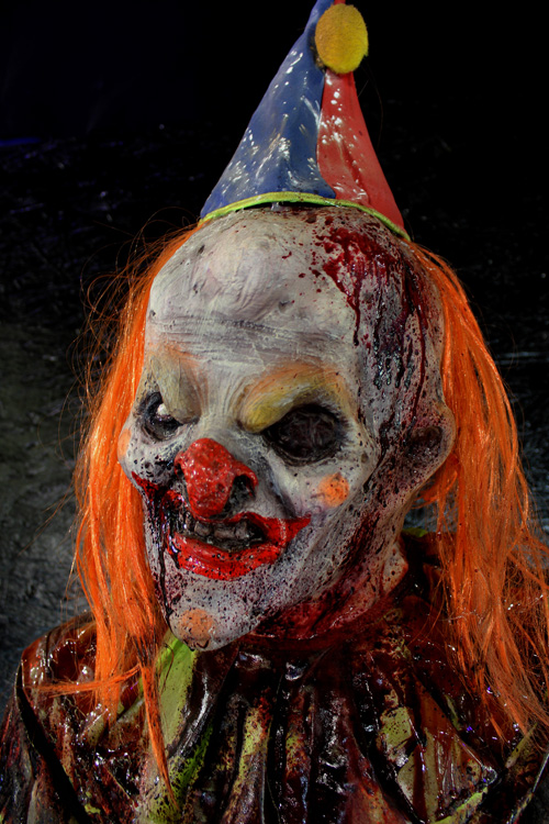 Halloween prop 7ft Bumpy Clown Prop