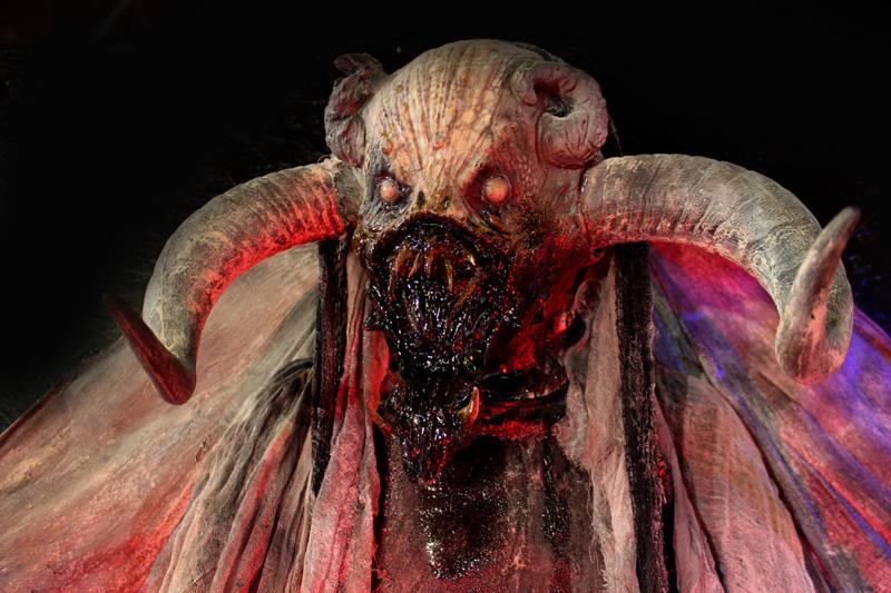 2020 7 ft Demon Halloween Prop