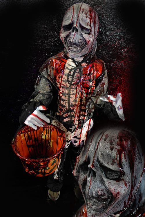 Trick or Treat Halloween Prop Skelly Kid